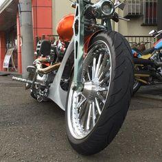 Brave 300 : 2015 HD CVO Break Out 300 wide tire custom #harleydavidson #harley #harleycustom #chopper #badland