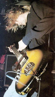 Kurt Cobain is legend! Rock And Roll, Pop Rock, Banda Nirvana, Kim Deal, Donald Cobain, Hard Rock, Rock Poster, Nirvana Kurt Cobain, Dave Grohl
