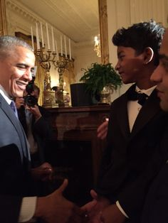 After Charming at the Golden Globes, Lion's Sunny Pawar Meets PresidentObama!