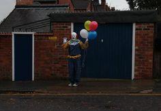 un mystérieux clown terrorise la population de Northampton