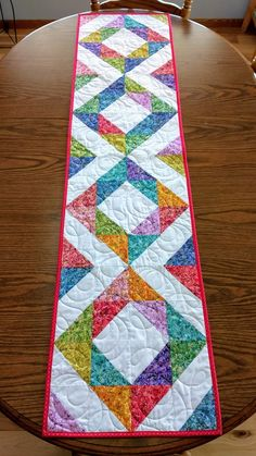ideas for patchwork table runner pattern etsy Half Square Triangle Quilts Pattern, Half Square Triangles, Square Quilt, Squares, Hexagon Quilt, Circle Pattern, Colchas Quilting, Quilting Designs, Quilting Projects
