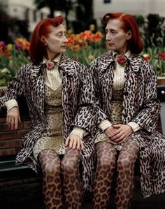 Redhead twins in leopard print #twins #doppelganger #gemelli - Carefully selected by GORGONIA www.gorgonia.it