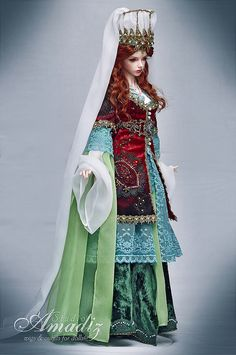 Historical stylization of the Turkish costume for an image Hurrem Sultan for our customer from Norway. Wig, face-up & outfit by Amadiz Studio. Viking Art, Viking Woman, Doll Costume, Costumes, Kosem Sultan, Walt Disney, Viking Dress, Historical Women, Historical Photos