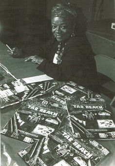 1930: Faith Ringgold was born in Harlem and attended the City College of New York. She completed her BS and MA in Fine Arts at the City College of NY.