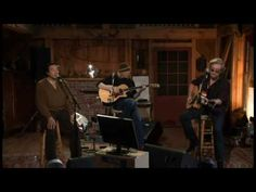 Still gives me chills around 4:23 with the transition from Sara Smile to Ooo Baby Baby    Don't you want to be their friends? haha Check out livefromdarylshouse.com