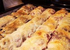Házi rétes (Őrség-i)   Barbara Csereklei receptje - Cookpad receptek Hot Dog Buns, Hot Dogs, Sausage, Barbie, Bread, Chicken, Food, Sausages, Brot