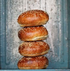 Cocina – Recetas y Consejos Burger Recipes, Bread Recipes, Cooking Recipes, Cooking Bread, Danish Food, Savoury Baking, Bread Bun, Cafe Food, Dessert Bread
