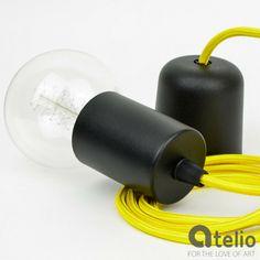 Lampa z kolorowym kablem. Projektant: lightingstore. Do kupienia w atelio.pl #design #cable #lamp