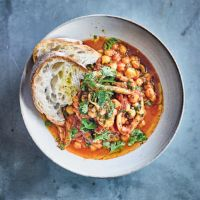 Squid with harissa & chick peas