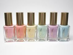 L'Oréal Paris Colour Riche Versailles Romance Collection.