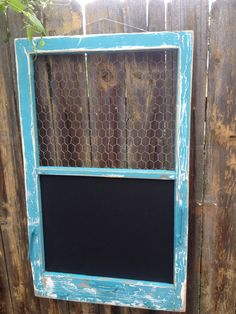 RECLAIMED Old Window - Turquoise Shabby Chic frame - Chalkboard - Chicken wire memo board - Vintage hardware - Farmhouse Chic - Use our old windows from the house Shabby Chic Vintage, Shabby Chic Frames, Vintage Diy, Vintage Decor, Rustic Farmhouse Decor, Farmhouse Chic, Rustic Decor, Diy Projects To Try, Wood Projects