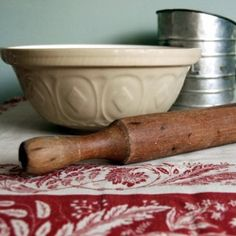pie farmhouse kitchen Vintage rolling pin baking shabby chic