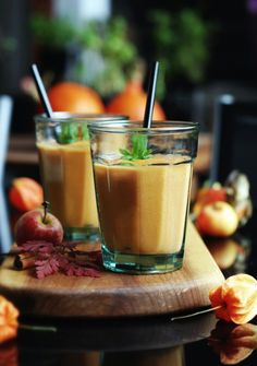 Millet ginger cocktail with carrot and the apple Low Calorie Smoothies, Protein Smoothie Recipes, Coffe Recipes, Dishes Recipes, Recipes Dinner, Cooking Recipes, Crohns Recipes, Jucing Recipes, Mackerel Recipes