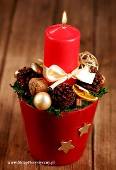 Red Candles, Pillar Candles, Christmas Crafts, Christmas Decorations, Table Decorations, Advent, Display, Projects, Design