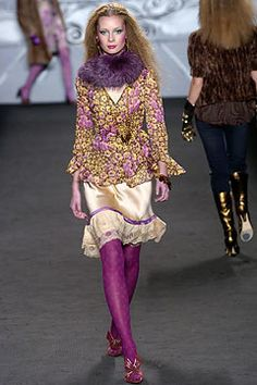 Anna Sui Fall 2004 Ready-to-Wear Collection Photos - Vogue