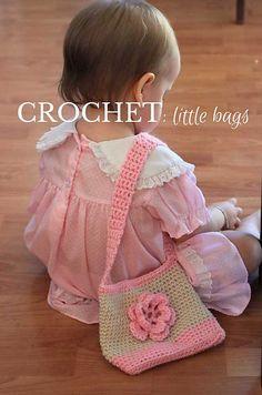 Sweet Little Handbag: free crochet pattern by Veggie Mama