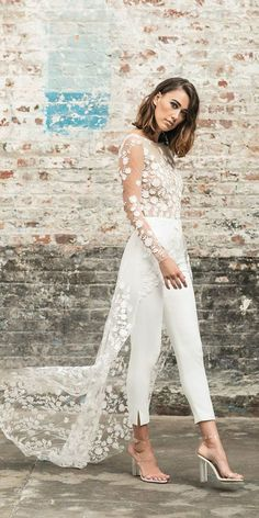 Trendy Wedding Dresses For Contemporary Bride Hochzeitskleid 2019 Hochzeitskleid 2019 Trendy Wedding Dresses 2018 For Contemporary Bride ❤️ trendy wedding Gold Prom Dresses, Wedding Dresses 2018, Trendy Dresses, Nice Dresses, Fashion Dresses, Dress Wedding, Wedding Shoot, Party Wedding, Wedding Summer