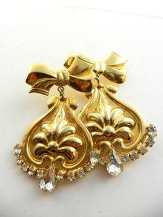 Stunning long dangling earrings vintage 1970  by RAKcreations, $39.00