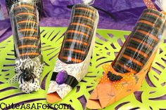 Witch Shoes Oreo Treats... Free template for witch shoe! Fill a cellophane bag with Halloween Oreos and you have a cute Halloween treat to give!