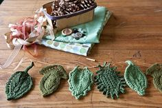 Knitted leaves