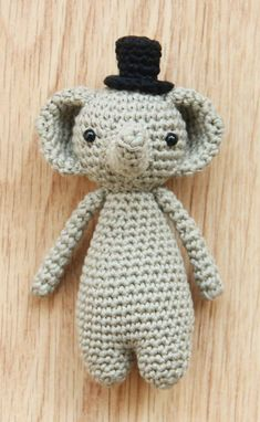 The mini elephant pattern is going to be released soon! Are you excited yet? 🐘 Little Bear Crochet amigurumi patterns: www.littlebearcrochets.com