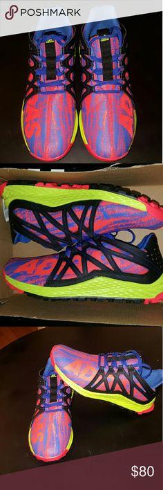 Pennino adidas tubulare runner w dimensioni 7 donne nuove mai indossato adidas