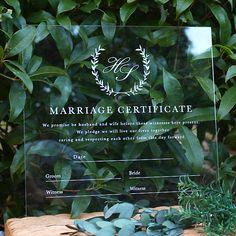 海外風のシンプルなアクリル結婚証明書です人気のナチュラルリーフとオシャレな白の英字が洗練された印象ですおふたりのイニシャルを包み込んだリーフは手書きの良さが出るよう繊細に描き透明度の高いクリアボードに印刷されていますナチュラルウェディングにもピッタリのウ... Marriage Certificate, Wedding Photos, Wedding Ideas, Bride Groom, Design, Marriage License, Marriage Pictures, Wedding Photography