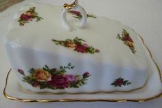 Royal Albert Old Country Roses Covered Cheese Dish
