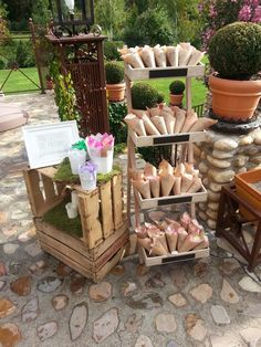 La boda de C&S Another of our latest events, the wedding of C & S in the beautiful old flour fac Wedding Set Up, Wedding Party Favors, Italy Wedding, Diy Wedding, Rustic Wedding, Wedding Decorations, Wedding Sitting Chart, German Wedding, Marquee Wedding