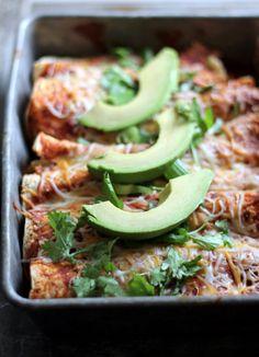 Butternut Squash Black Bean Enchiladas with Chipotle Greek Yogurt sauce - 300 calories per serving! #healthy