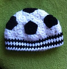 Crochet soccer ball hat pattern free also includes baseball this crocheted soccer ball hat is made up of individual pieces and sewn together by hand dt1010fo
