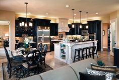 """View this Great Traditional Kitchen with L-shaped & Raised panel by b mccall. Discover & browse thousands of other home design ideas on Zillow Digs."""