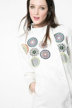 Desigual White A-line coat. Discover the spring-summer 2016 collection!