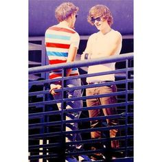 Pinterest / Search results for larry stylinson ❤ liked on Polyvore featuring one direction, larry, larry stylinson, 1d and backgrounds