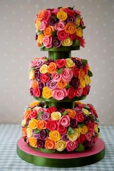 Belgian chocolate roses cover this cake - on the blog there's a pic of a pastel version with no spacers.