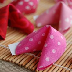 Fabric Fortune Cookies ... party favors for a Valentines Day bash?