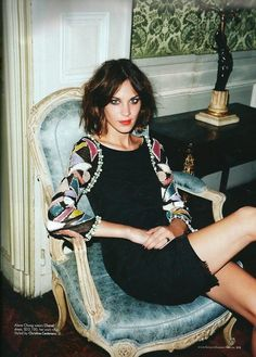 patterned black dress l alexa chung.