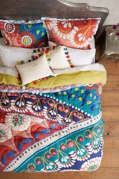 Anthropologie Tahla Quilt - bright and beautiful centerpiece for a bedroom.