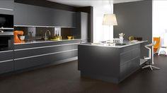 Drömmer du om att byta kök? Här kan du designa och bygga ditt egna kök direkt på vår hemsida. Inspireras och prova dig fram i Ballingslövs kökssimulator!