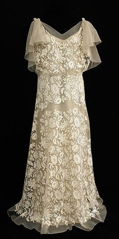 Inspiration Wedding Gown: Silk Lace Chiffon Wedding Dress: Era 1930's: For the October Lucky Birth Month Lady using Smoky Brown Sheer Chiffon Fabric for Overlay & Underlay shows for a Vintage Antique Finish.