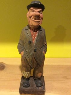 Hobo carved by Lars Trygg.