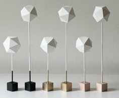 Polyhedral Paper Blooms - Minimalist Materials are Used to Create Geometric Vintage Style Decor (GALLERY)
