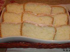 Chec din albusuri Vanilla Cake, Food And Drink, Desserts, Tailgate Desserts, Deserts, Postres, Dessert, Plated Desserts