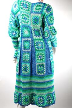 Bildergebnis für häkelmantel Granny Squares, Crochet Squares, Crochet Granny, Crochet Coat, Crochet Jacket, Crochet Clothes, Crochet Fashion, Beautiful Crochet, Rock