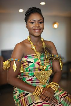 Miss Ghana UK 2017 Winner and the 15 Beauties She Competed Against Black Women Art, Black Girls, Ghana Dresses, African Beauty, African Style, Culture Clothing, Kente Styles, Vintage Black Glamour, Kente Cloth