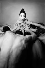 Photographer Ilona Pulkstene The beauty of the female body BLACK & WHITE Female Bodies, Che Guevara, Black And White, Beauty, Black N White, Black White, Beauty Illustration
