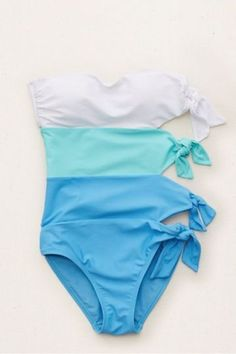 Best One Piece Swimsuits Teen Vogue Bathing Suits For Teens, Summer Bathing Suits, Swimsuits For Teens, Cute Bathing Suits, Summer Suits, Cute Swimsuits, Bathing Suits One Piece, Trendy Swimwear, Beach Swimsuits