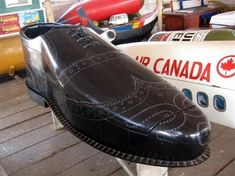 Wingtip with a good looking shine | 35 Creative Coffins FromGhana