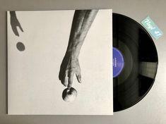 Meine Wertung: 8/10 für Alpentines - Silence Gone. Die 10 Stücke wandeln auf den Spuren von Coldplay oder Radiohead, ohne den eigenen Musikcharakter zu verlieren. Mir gefällt besonders die ständige Verwandlung einiger Tracks. Aus Balladen werden Rocksongs und umgekehrt.