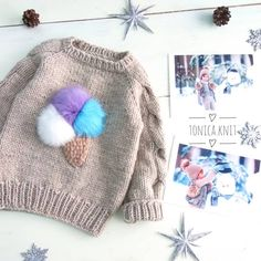 Pin by Christine Currer on Knitting patterns free Knitted Baby Clothes, Crochet Clothes, Knitted Hats, Knitting For Kids, Baby Knitting Patterns, Cute Sweaters, Baby Sweaters, Brei Baby, Crochet Baby